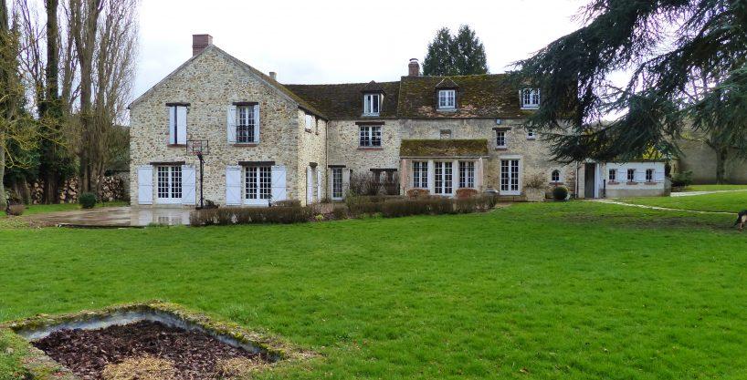Splendide propriété équestre avec habitation (78)