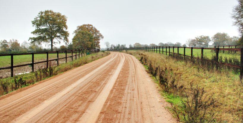 Haras ou centre d'entrainement sur 23 ha proche Mayenne (53)