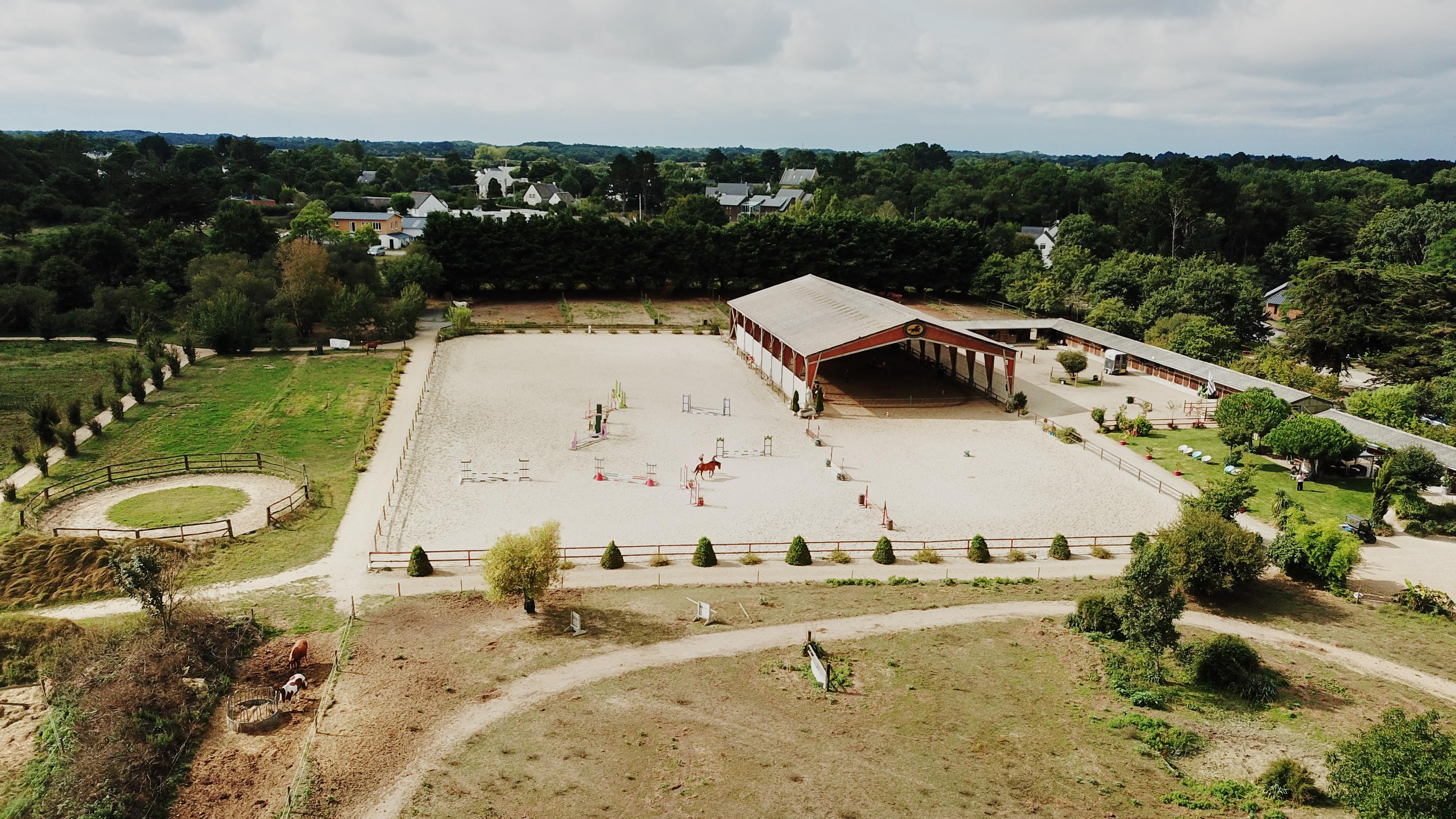 Centre Equestre proche La Baule sur 15 ha (44)