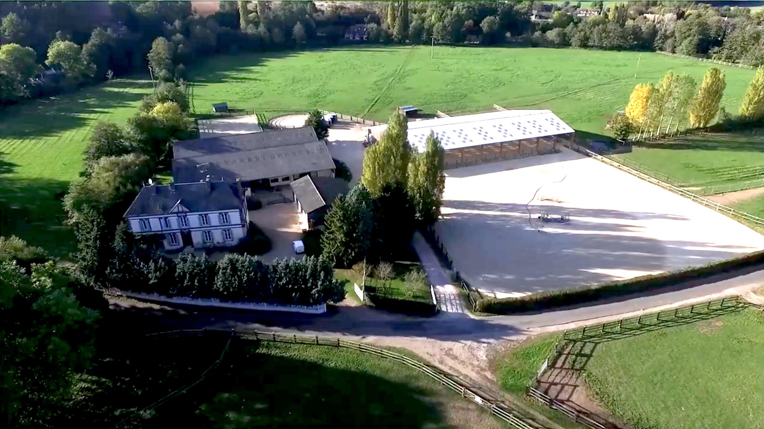 Ancien moulin et écurie de sport sur 17 ha – proche Evreux (27)