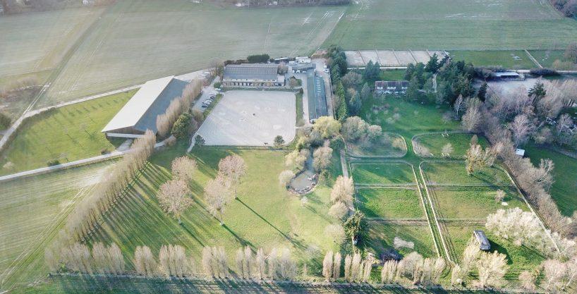 Ecuries haut de gamme avec Habitation sur 6 ha – Yvelines (78)