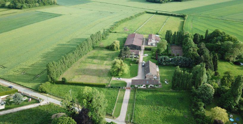 Ecuries avec Habitations et dépendances sur 4 ha – Proche Mantes (78)
