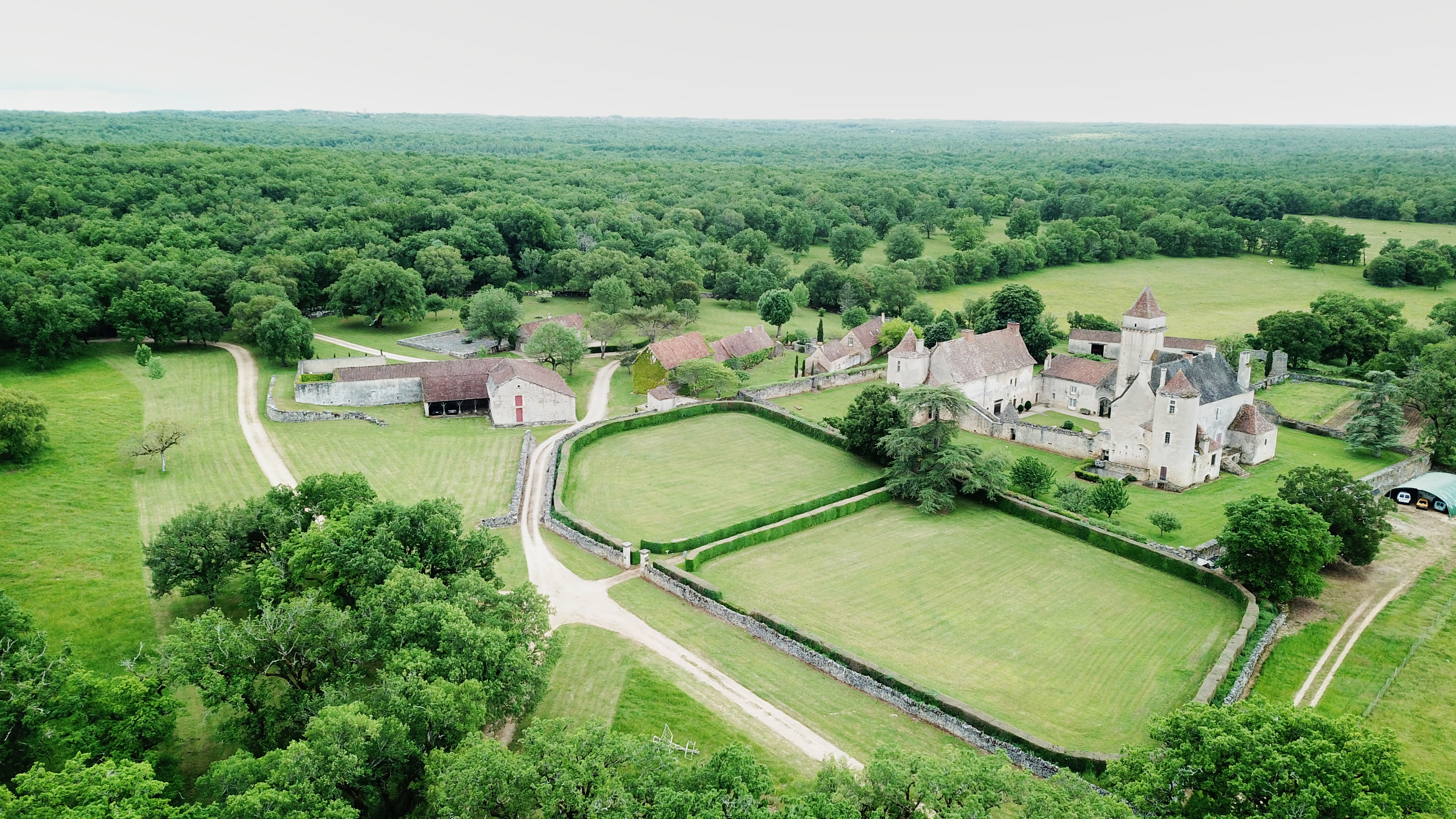 Magnifique domaine sur 369 ha – Proche Cahors (46)