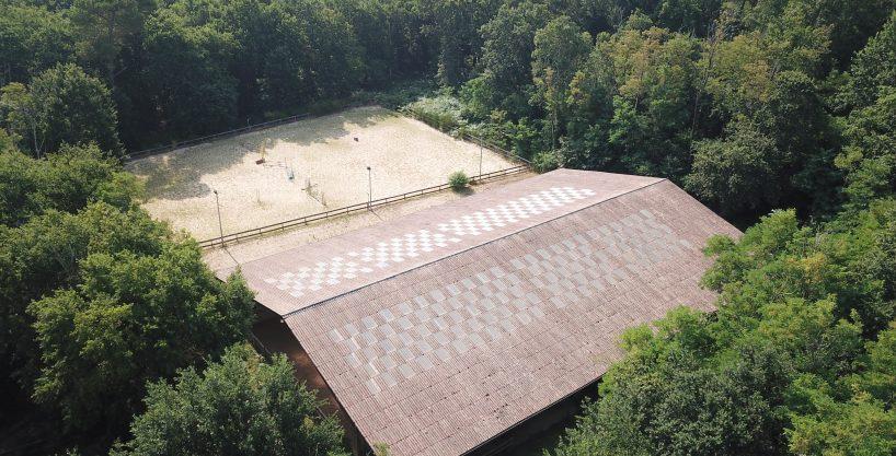 Centre équestre bordée de forêt sur 6 ha (40)