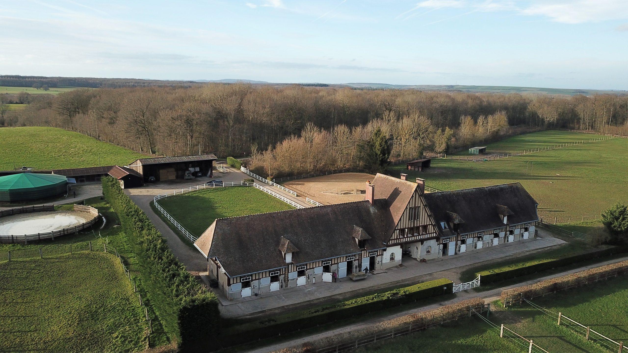 Magnifique Haras sur 32 ha dans l'Oise (60)