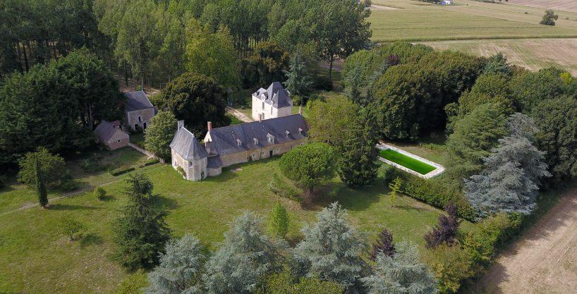 Propriété de charme et ses installations équestres _ Proche de Saumur (49)