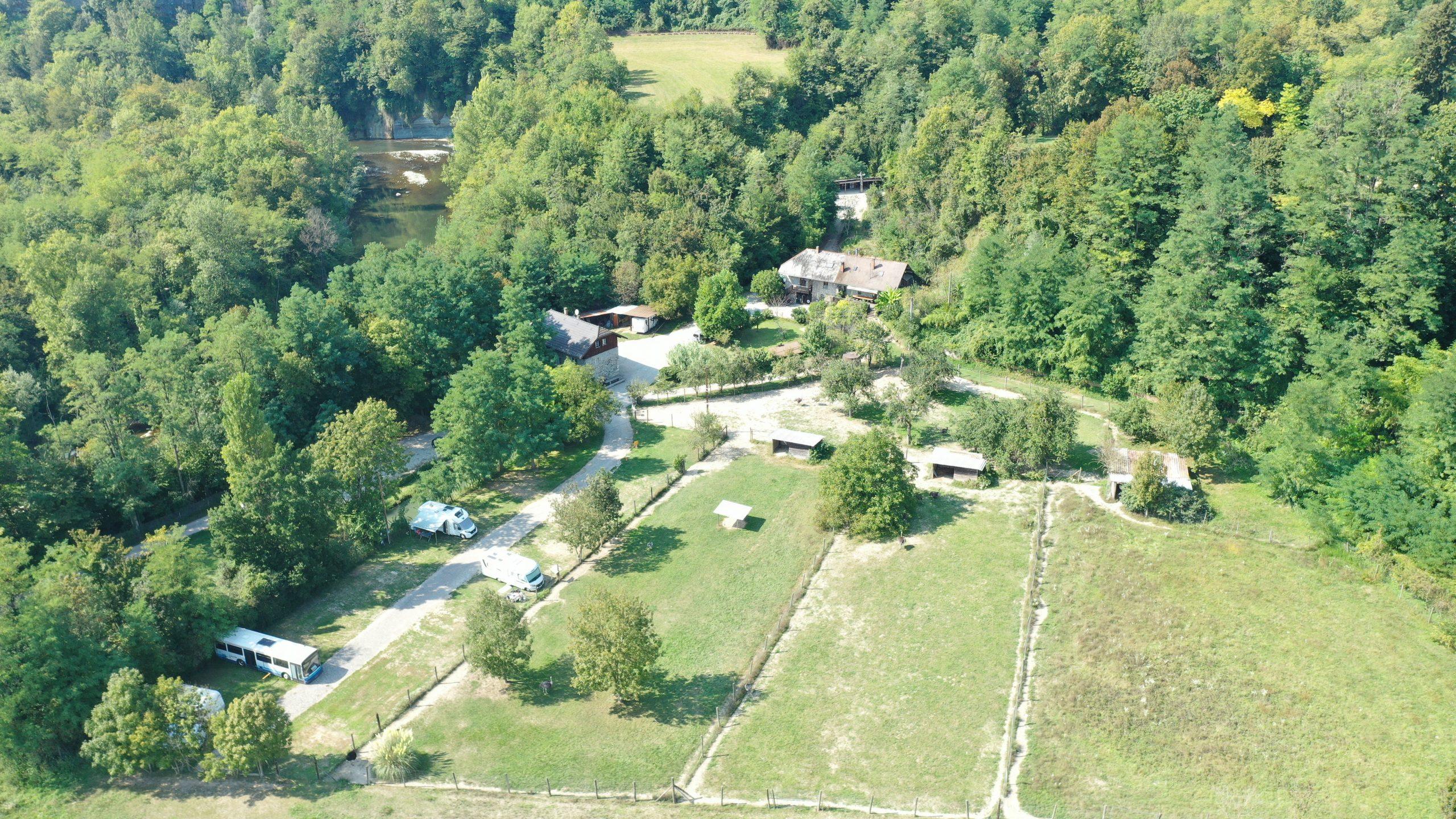 Propriété agricole avec dépendances sur 4 ha – Annecy (74)