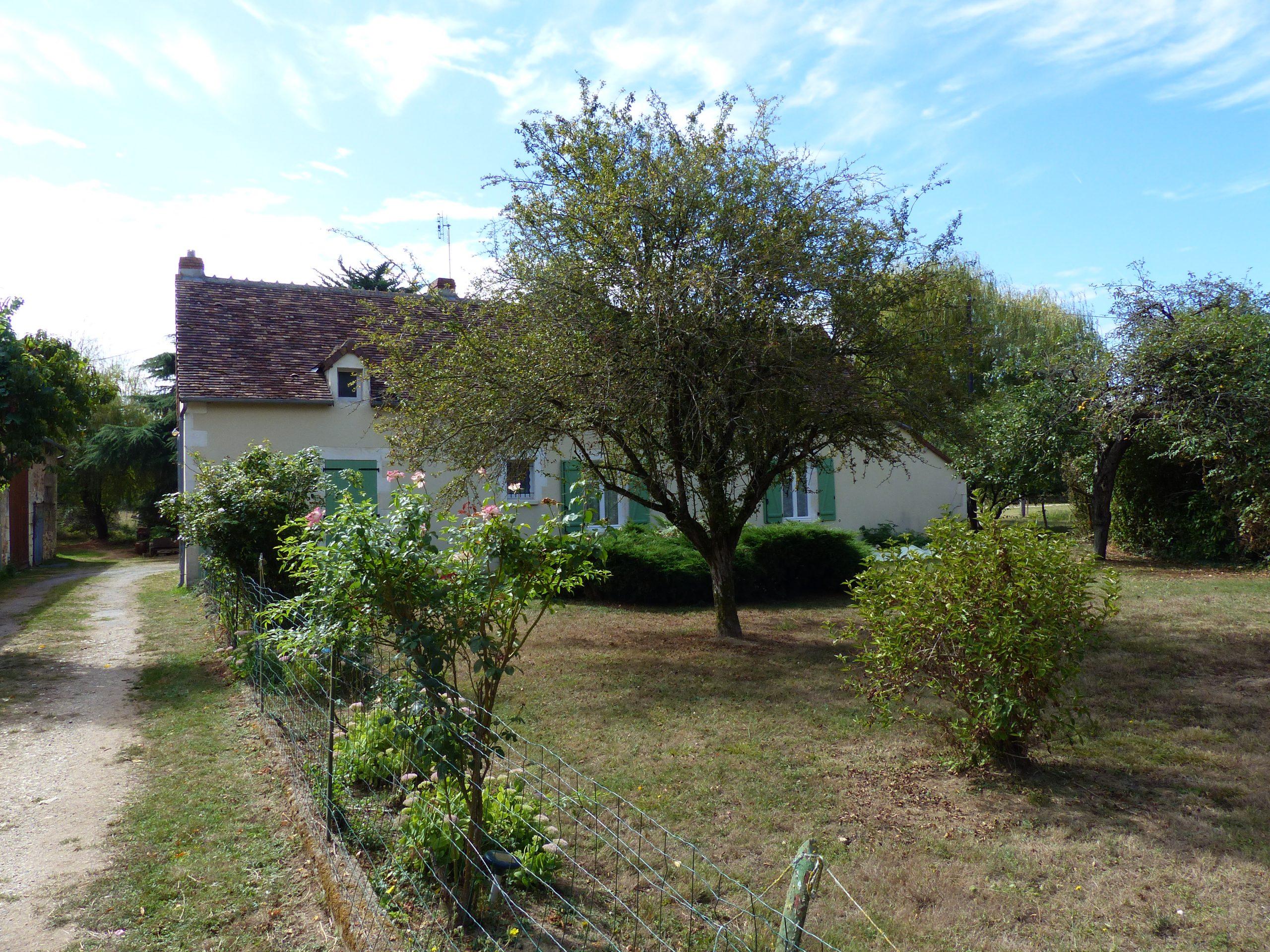 Habitation avec structure agricole sur 14,5 ha – Le Blanc (36)