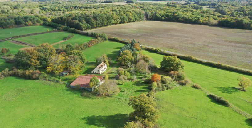 Propriété équestre avec habitation sur 7,5 hectares (45)